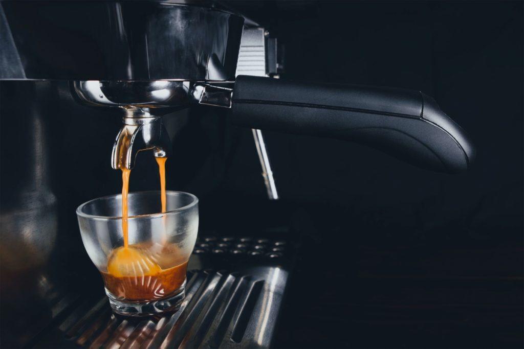Make a Latte with Espresso Machine